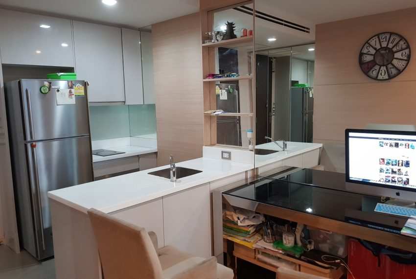 The Address Asoke - low floor - 1bedroom for sale - fridge
