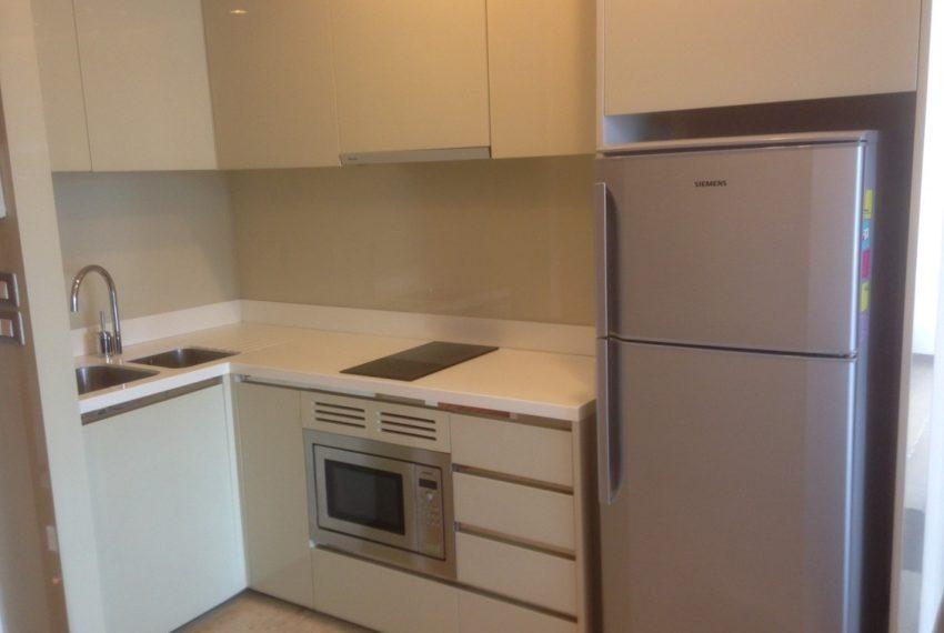 The Address Sukhumvit 28 - 2-bed 2-bath high floor - kitchen