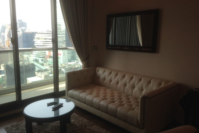 The Address Sukhumvit 28 - 2-bed 2-bath high floor - living room