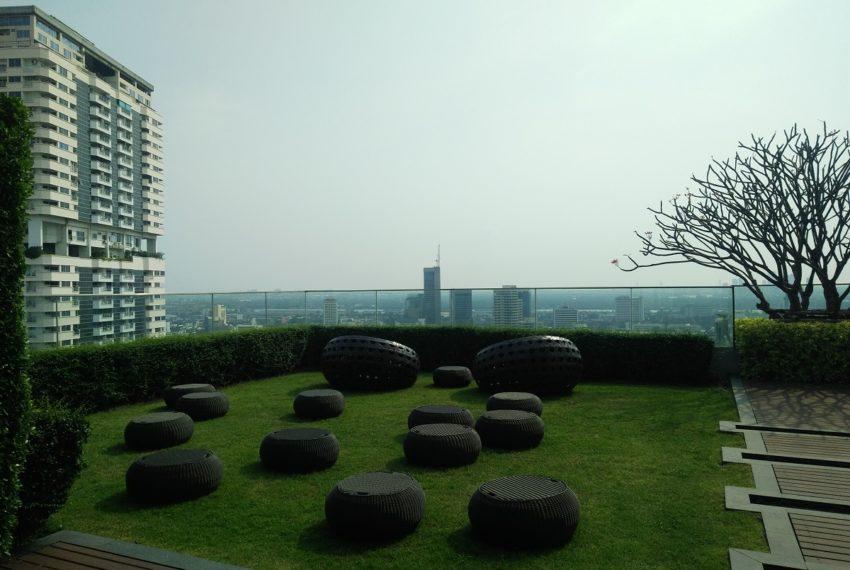 The Address Sukhumvit 28 - rooftop garden