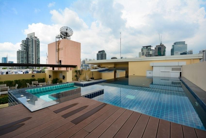 The Alcove 49 condo - swimming