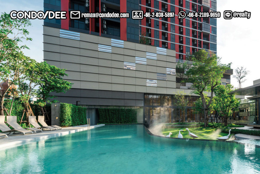 The BASE Garden Rama 9 Condominium - swimming pool