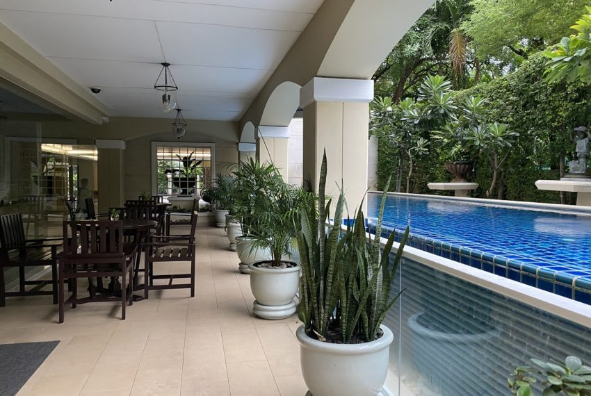 The Cadogan Private Residence - pool area