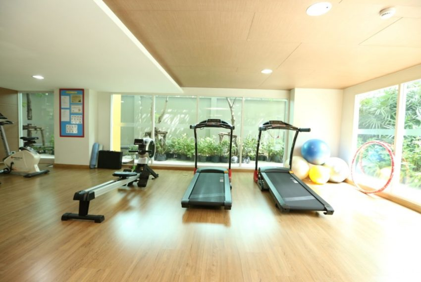 The Crest Sukhumvit 24 condo - fitness