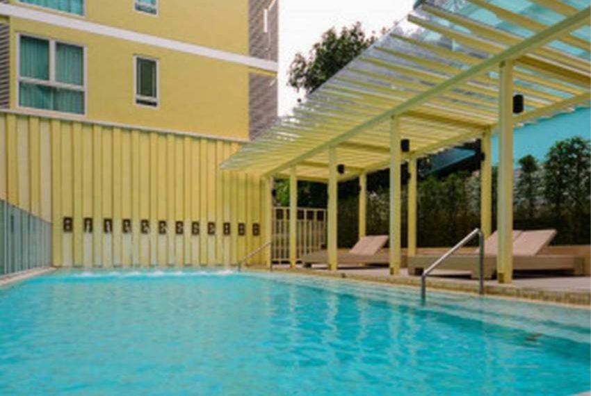 The Crest Sukhumvit 24 condo - swimming pool