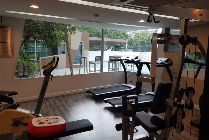 The Crest Sukhumvit 49 Condominium Thong Lo - gym