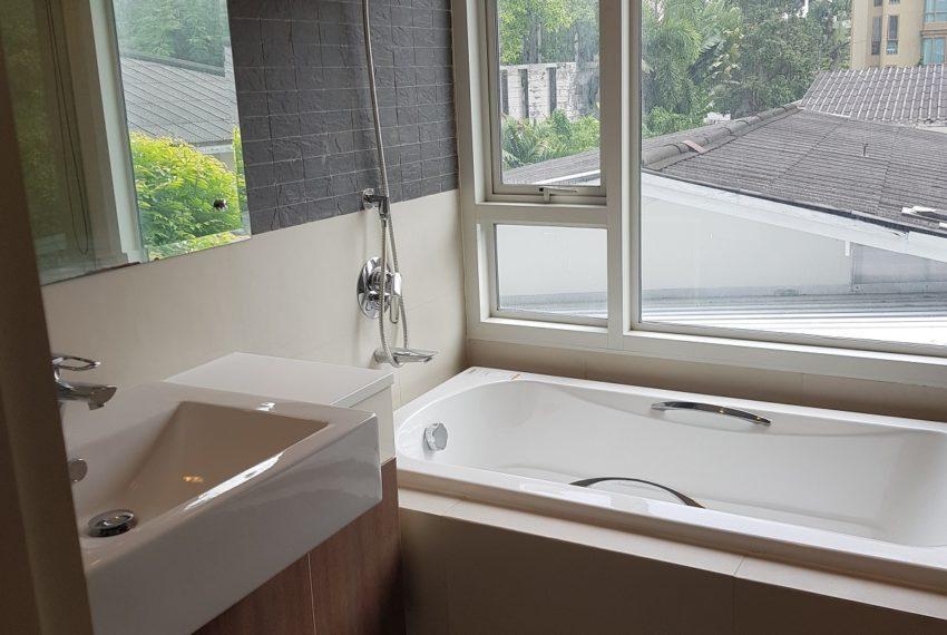 The Crest Sukhumvit 49 - 1-bedroom low floor - bathtub
