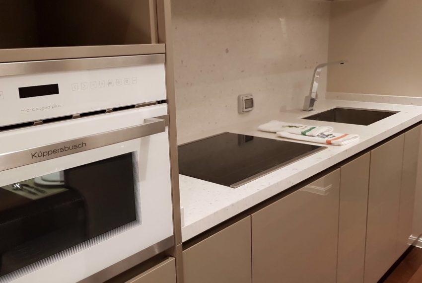 The Diplomat 39 - 2 bed 2 Bath-Kitchenroom