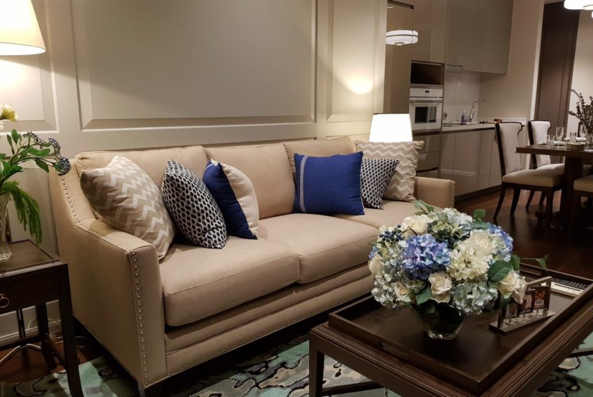 The Diplomat 39 - 2 bed 2 Bath - Living Room
