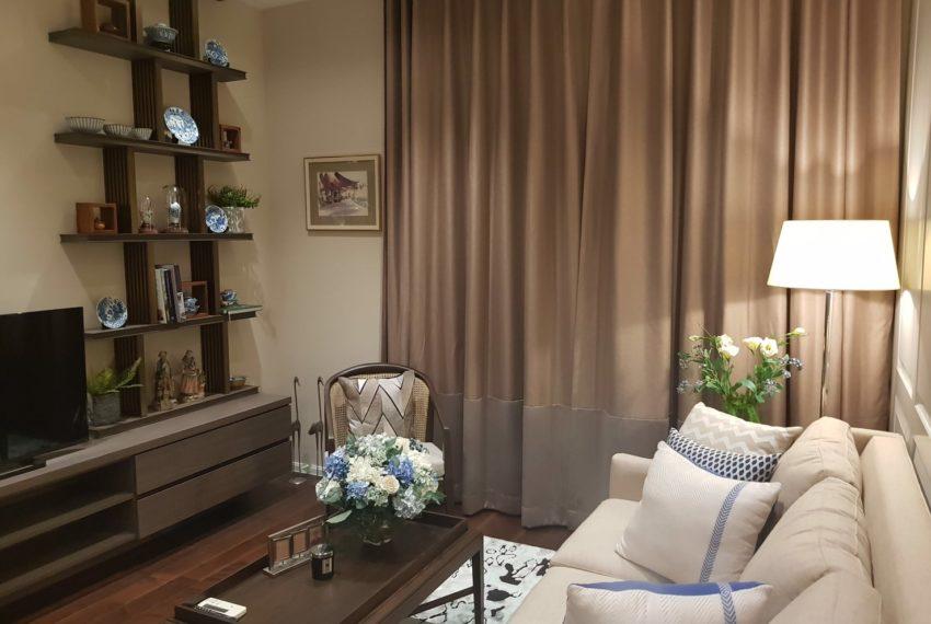 The Diplomat 39 - 2 bed 2 Bath -Livingroom2