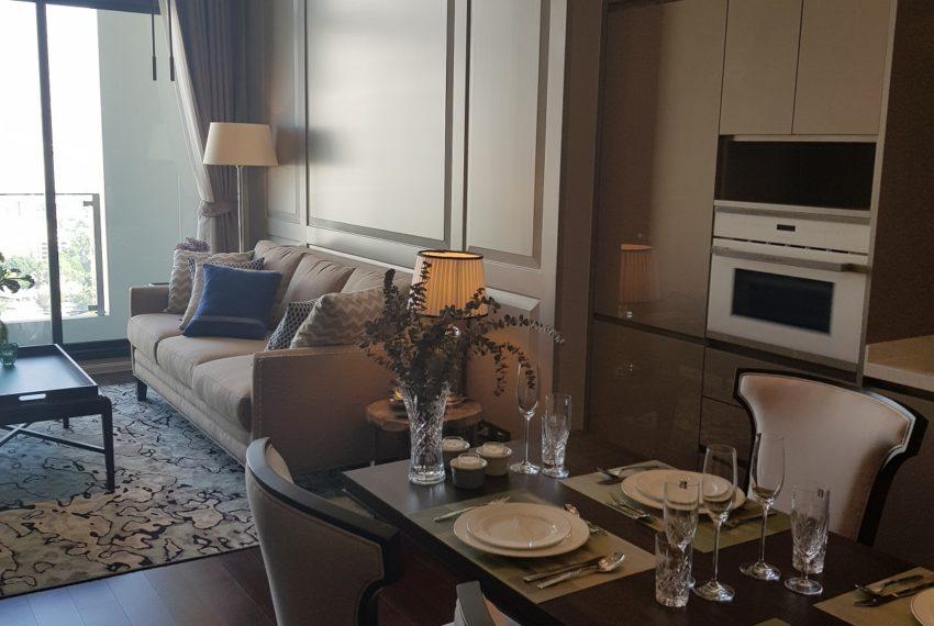 The Diplomat 39 - 2 bed 2 Bath-Lving