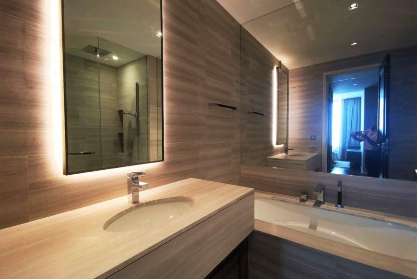 The Diplomat - for rent - 2 beds 2 baths - Bathroom