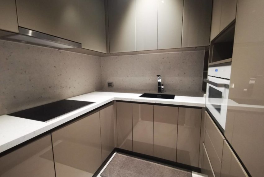 The Diplomat - for rent - 2 beds 2 baths - Kitchen