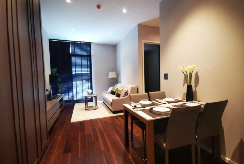 The Diplomat - for rent - 2 beds 2 baths - Living room