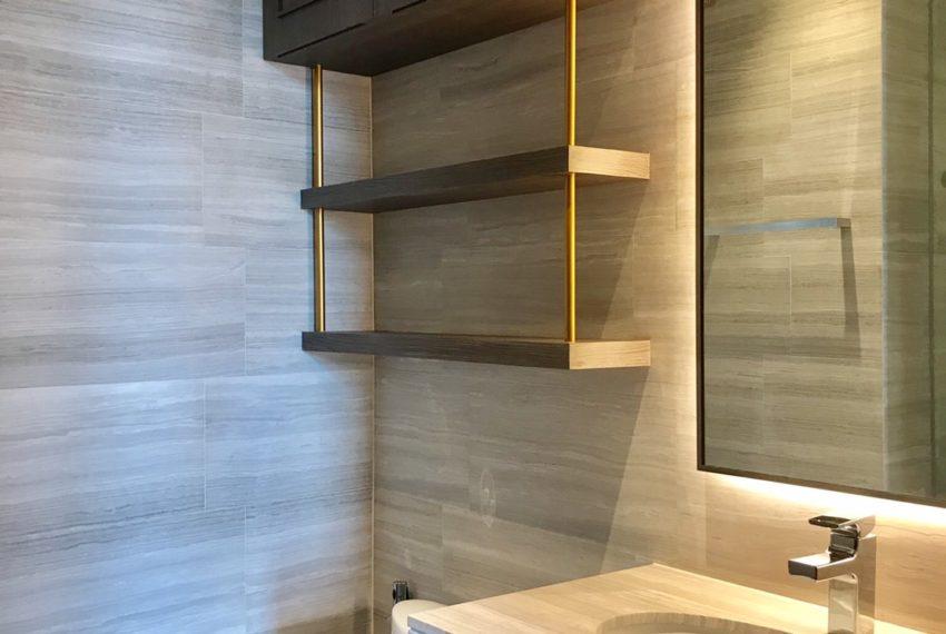 The Diplomat39-2 bed 2 bath -bethroom-1