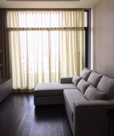 The Dipolmat 39 - 2b2b - For rent _Living Room 2