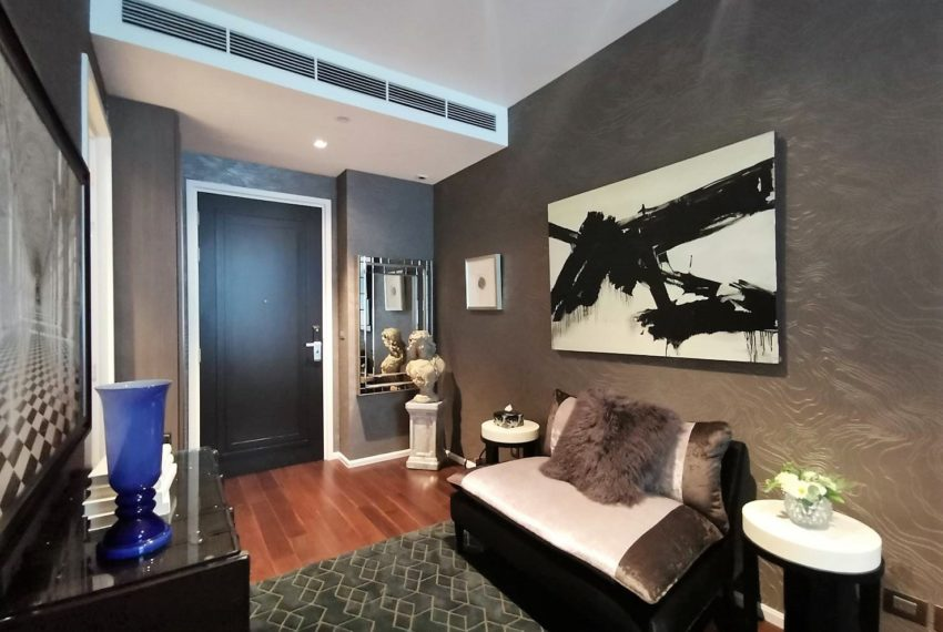 The Dipolmat 39 - For Rent - 1 bed 1 bath - Living Room 1