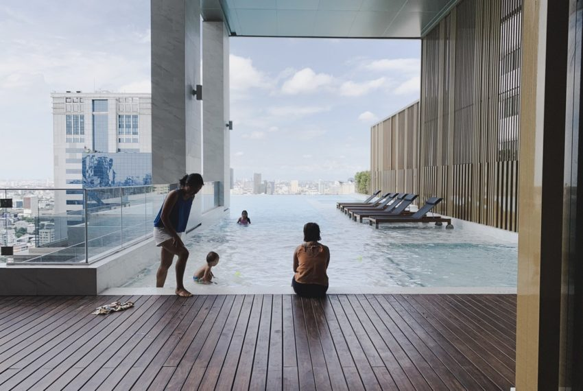The ESSE Asoke - Facilities swimingpool