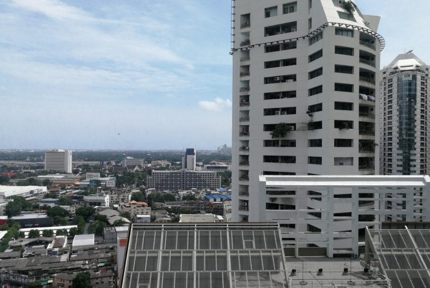 The-Emporio-Place-1b1b-view
