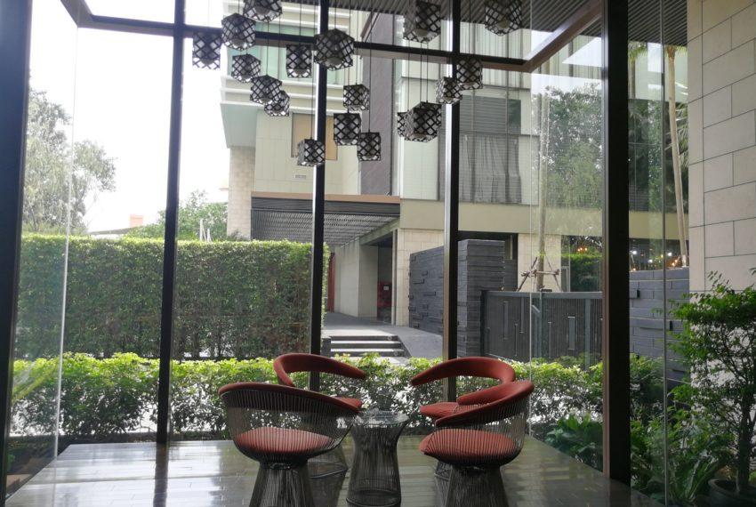 The-Emporio-Place-Lobby2