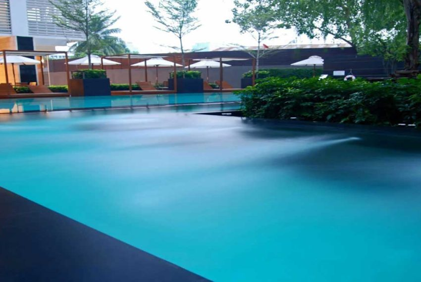 The Emporio Place at Sukhumvit 24 - swimming pool