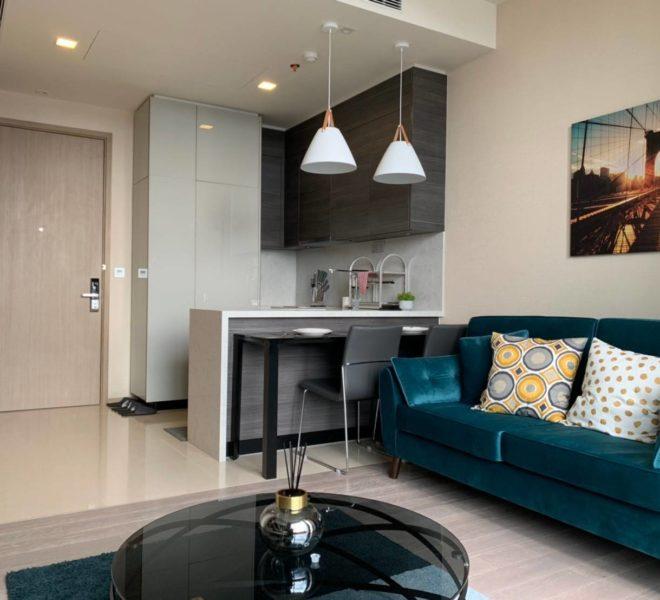 Condo for rent in Asoke on high floor - 1 bedroom - The Esse Asoke