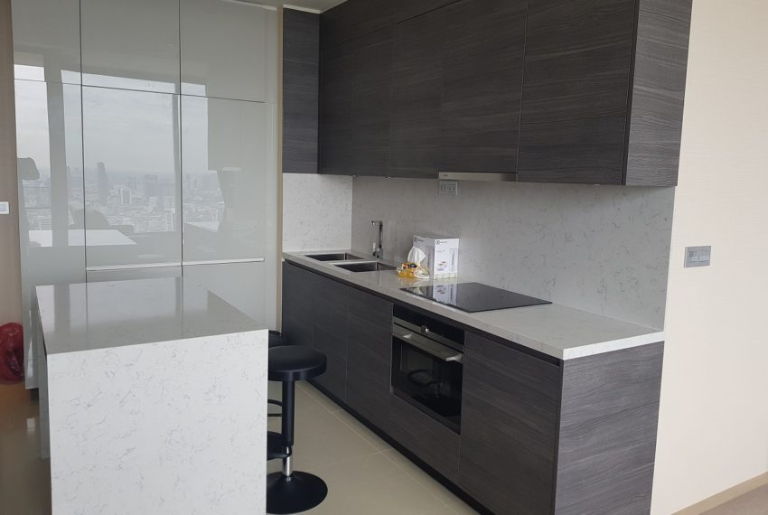 The Esse Asoke - High floor - rent or sale - open kitchen