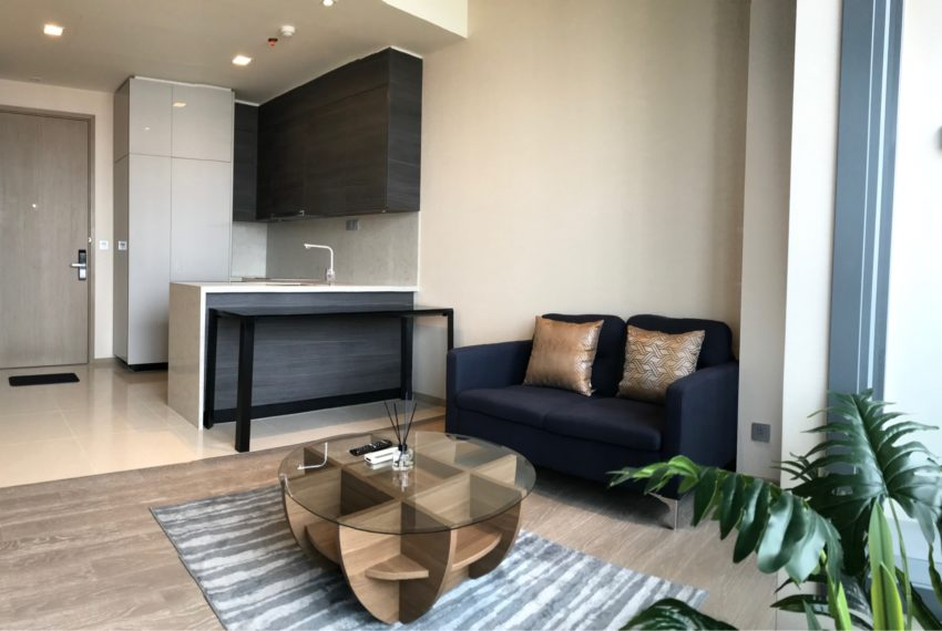 The Esse Asoke for rent - 1 bed 1 bath - Living Room