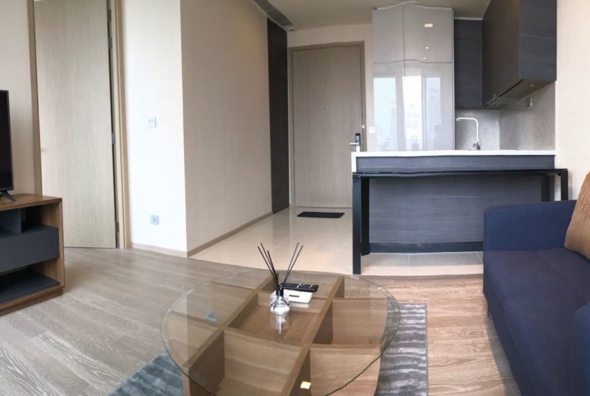 The Esse Asoke for rent - 1 bed 1 bath - Living room 2
