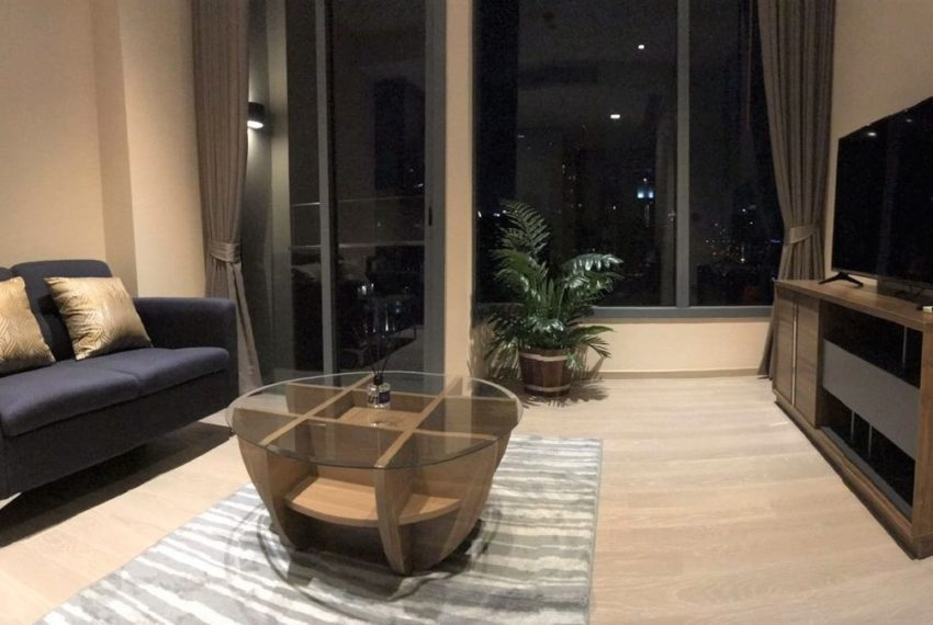 The Esse Asoke for rent - 1 bed 1 bath - Living room 6