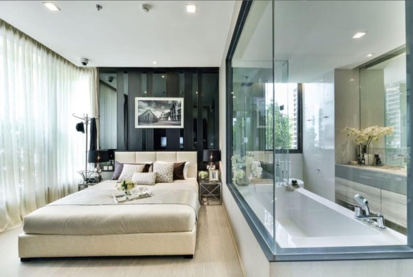 The Esse asoke -1 bed 1 bath- Bedroom and bathroom
