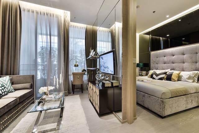 The Esse asoke -1 bed 1 bath- Bedroom and livingroom