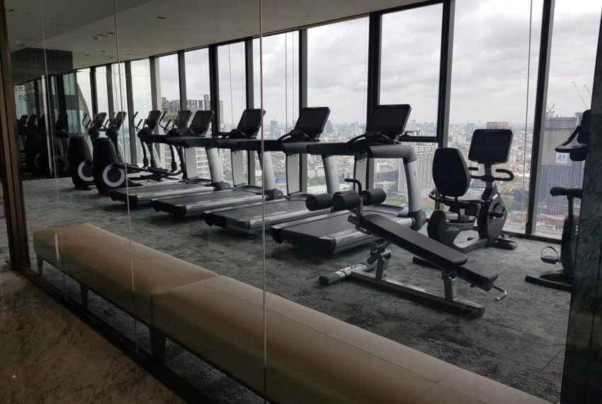 The Esse at Singha Complex Condominium - fittness