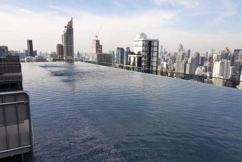 The Esse at Singha Complex Condominium - swimming pool2