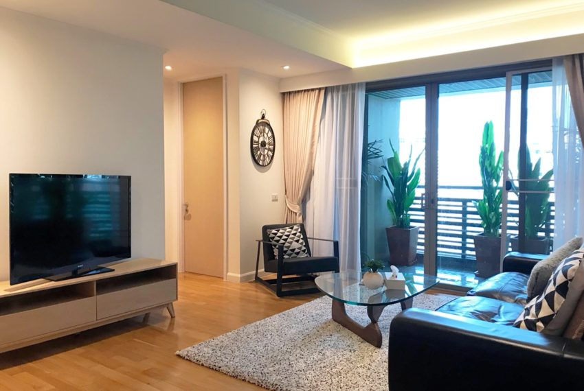The Lakes - 2 bedroom - sale - flat TV