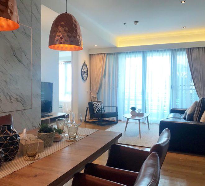 Large apartment for sale near Asoke BTS - 2 bedroom - high floor - near park - The Lakes condominium