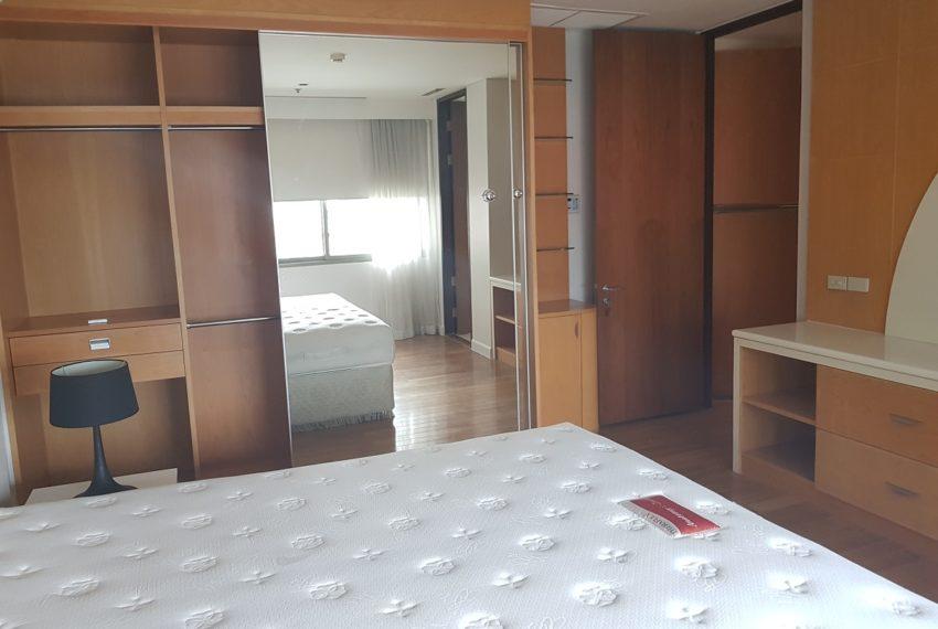 The Lakes 2b2b - bedroom 2