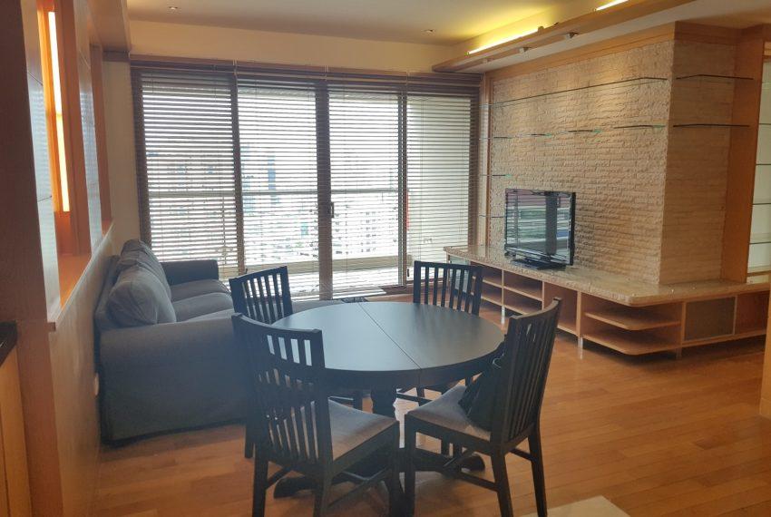 The Lakes 2b2b - living room