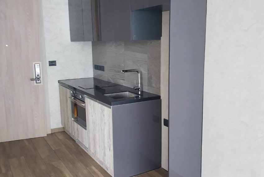 The Lofts Asoke 1b1b High Floor Sale COntract - kitchen
