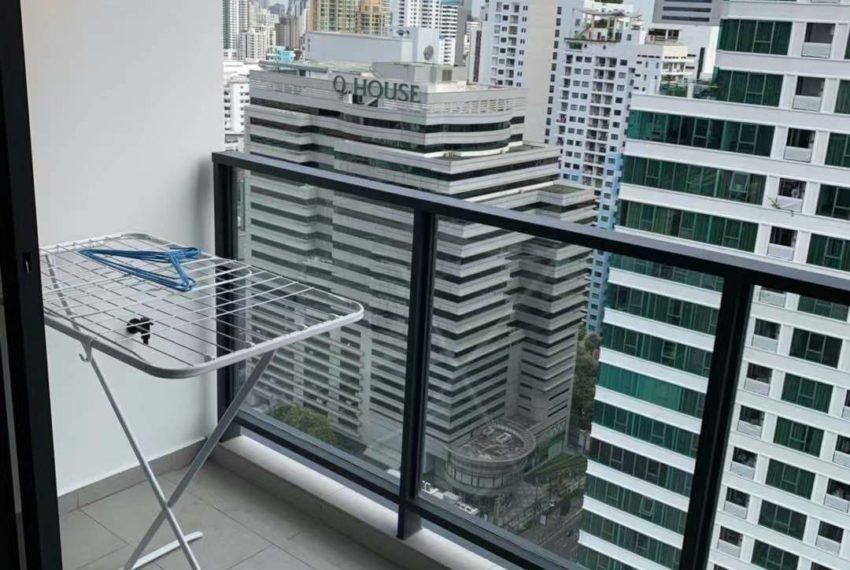 The Lofts Asoke -1b1b -Rent - High Floor - balcony