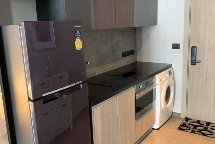 The Lofts Asoke -1b1b -Rent - High Floor - kitchen
