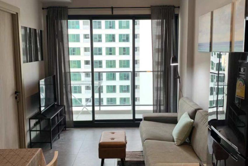 The Lofts Asoke -1b1b -Rent - High Floor - living