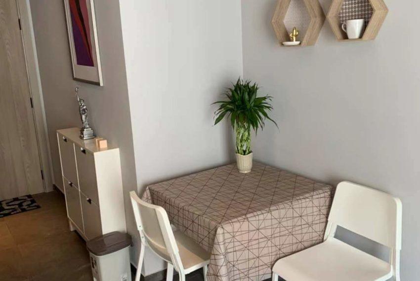 The Lofts Asoke -1b1b -Rent - High Floor - table