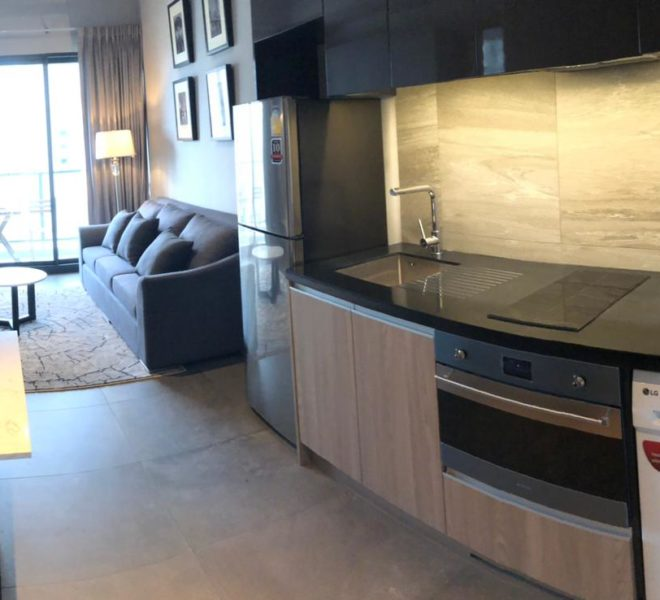 1-Bedroom Condo in The Lofts Asoke. Condo in Asoke. Rent Condo in Asoke. Rent Condo near MRT. Asoke Condo. Condo near Airport Link