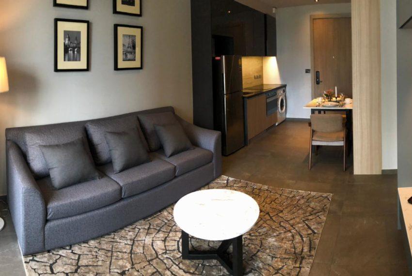 The Lofts Asoke - 1b1b - rent from Angela - living room