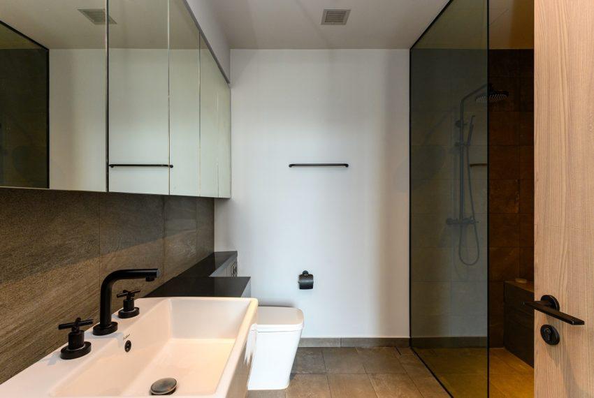 The Lofts Asoke - RENT - lusury 1b1b-bathroom