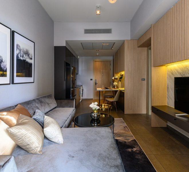 The Lofts Asoke - RENT - lusury 1b1b-flat TV