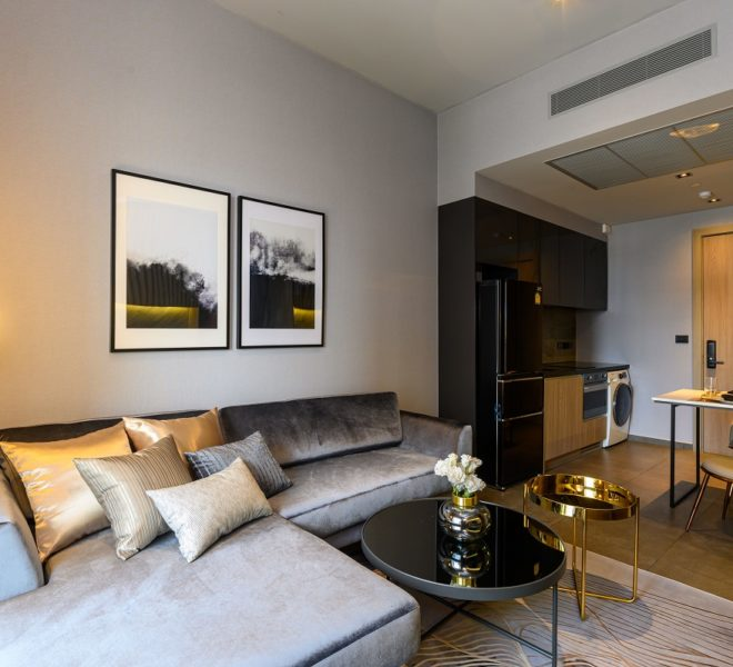 The Lofts Asoke - RENT - lusury 1b1b-living area