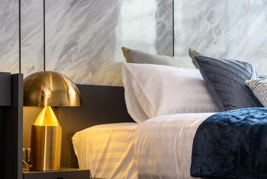 The Lofts Asoke - RENT - lusury 1b1b-nice furniture