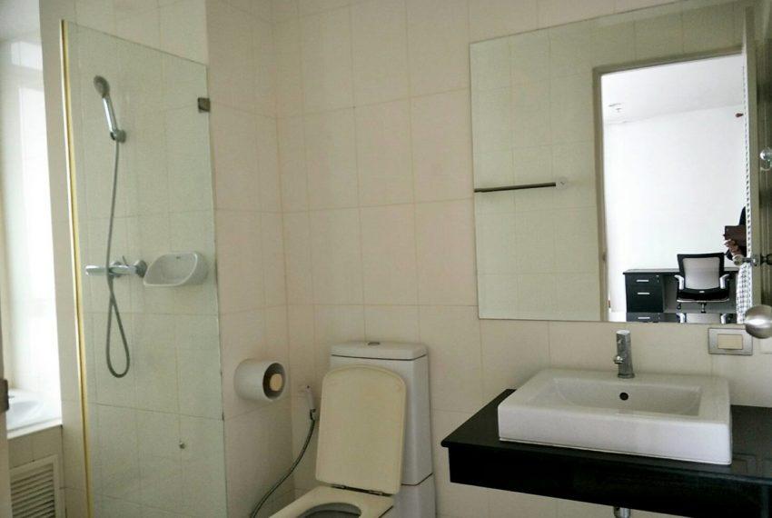 The Master Centrium Asoke-Sukhumvit-bathroom